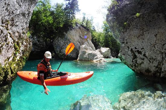 Bovec, Slovenien: Soa rafting - kayaking