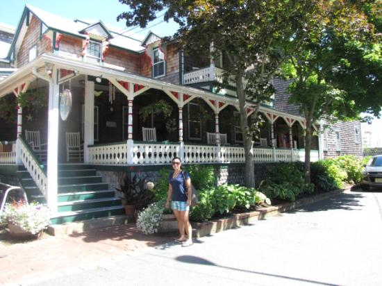 Pequot Hotel: Picturesque and charming hotel in Oak Bluffs