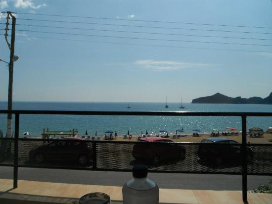 Hotel Costas Golden Beach: View from the pool bar