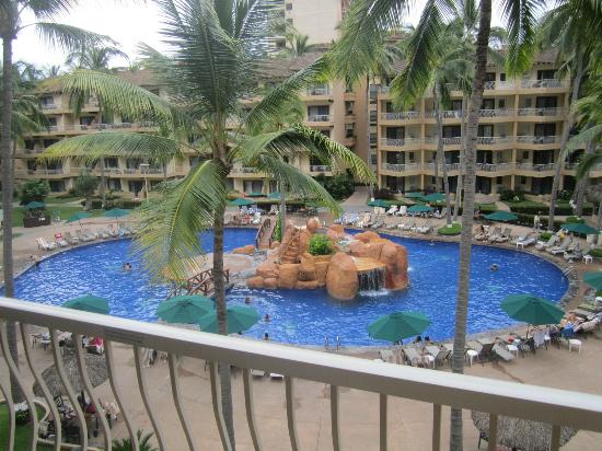 Villa del Palmar Beach Resort & Spa: View of the pool from our room