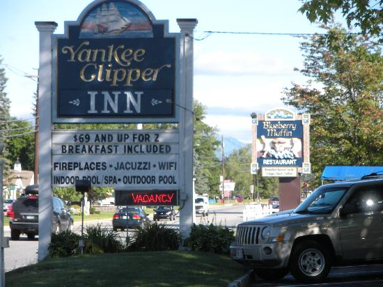The Yankee Clipper Inn: front view with sign