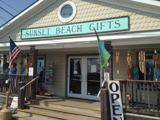 Sunset Beach: one of the gift shops