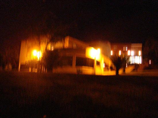 Residencia Santa Marta: NITE VIEW