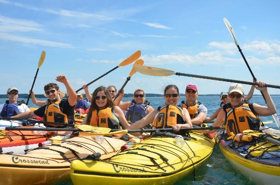 Deer Island, Kanada: Happy kayakers