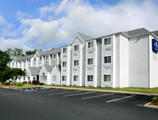 BEST WESTERN PLUS Elizabeth City Inn &amp; Suites: Welcome To Microtel Inn And Suites Elizabeth City