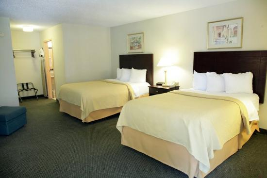 Quality Inn Heber Springs: Guest Room