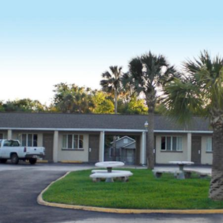 Budget Inn of Daytona Beach: Exterior View