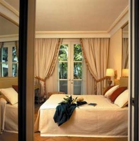 Alanda Club Marbella: King Guest Room