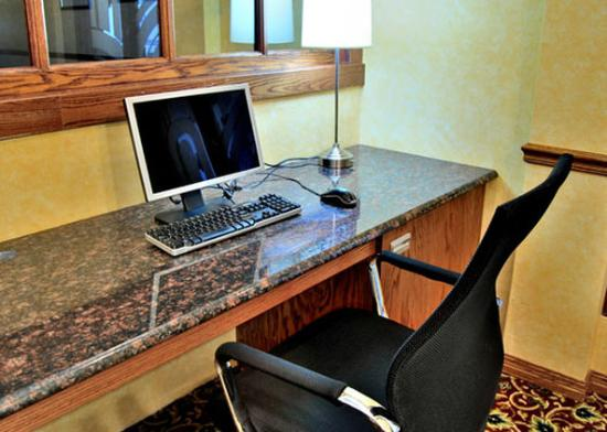 Clarion Inn: WVBusiness Center
