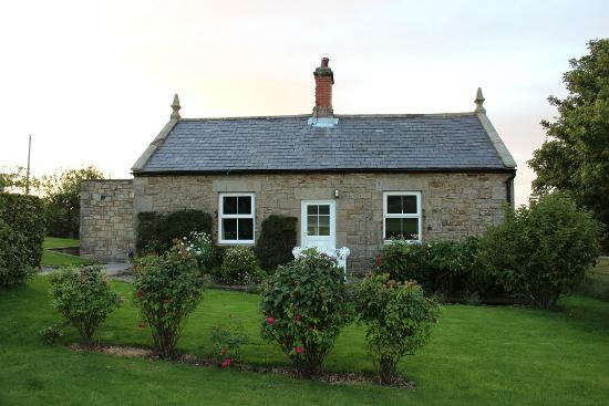 Lumbylaw Cottages
