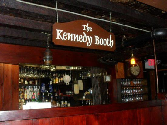Kennedy booth - Picture of Union Oyster House, Boston - TripAdvisor