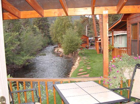 Paradise on the River: Our awesome retreat!