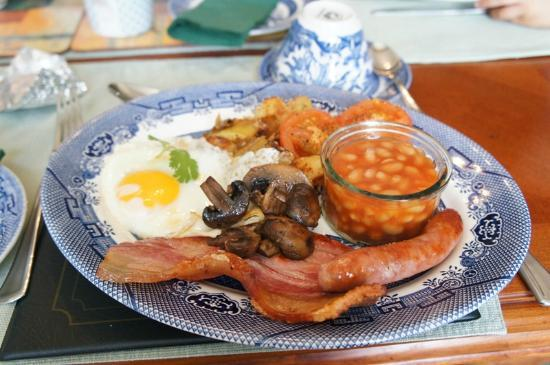Portland House Guest Accommodation: Full English Breakfast - Awesome!