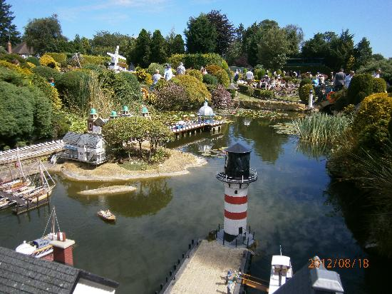 Beaconsfield United Kingdom  city images : Beaconsfield Picture of Bekonscot Model Village, Beaconsfield ...