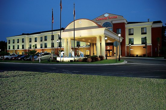 Photo of Comfort Suites Port Wentworth