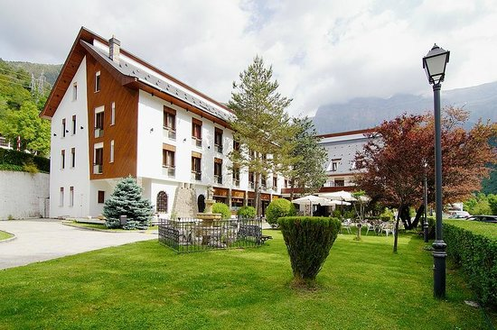 Photo of Hotel Ordesa Torla
