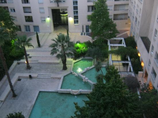 BnB Les Amis de Marseille: View from room, not sure you can swim in it