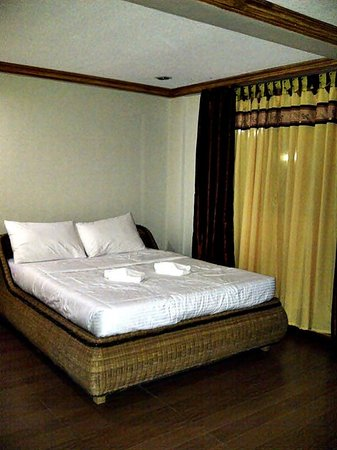 Pictures of Bosay Resort, Antipolo City - Small Hotel Photos .