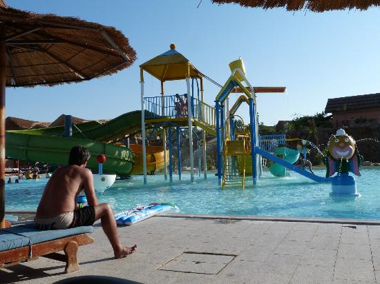 Absolute bliss picture of jungle aqua park hotel for Aqua piscine otterburn park