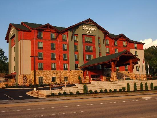 Hampton Inn Pigeon Forge: Brand New Hotel!