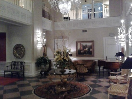 Canterbury Hotel Center Lobby