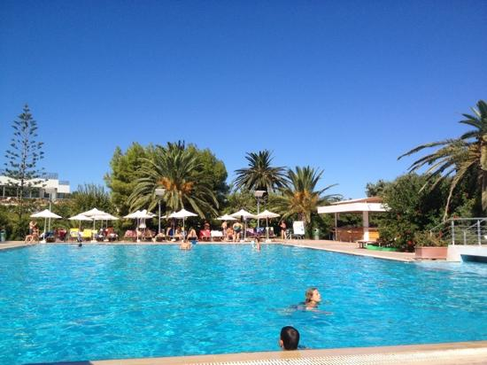 Caravia Beach: pool area