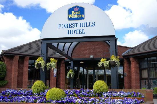 BEST WESTERN Forest Hills Hotel: Front of Hotel