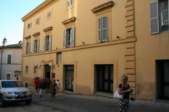 Palazzo Bocci: Auenansicht