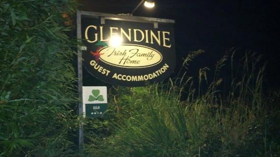 Glendine Irish Home: The road side sign