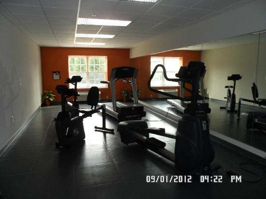 Country Inn & Suites Lancaster: Gym