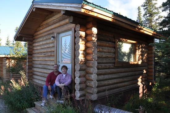 Park&#39;s Edge Log Cabins: Standard Cabin