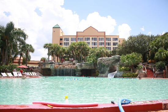 Awesome pool picture of radisson resort orlando for Pool show orlando florida