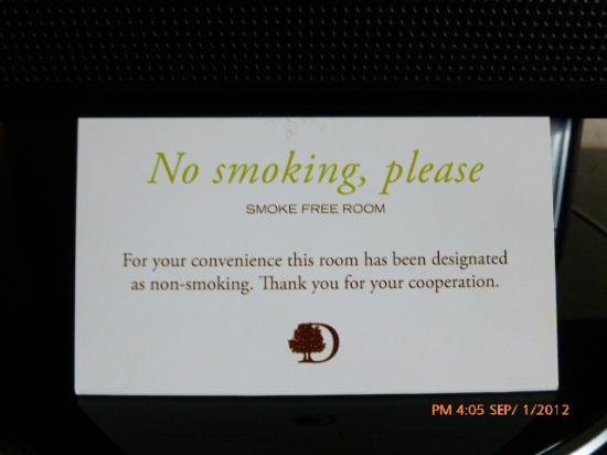 DoubleTree by Hilton Hotel Philadelphia - Valley Forge: No smoking in the rooms! :-)