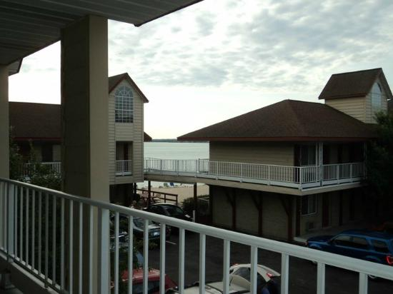 Super 8 Mackinaw City/Beachfront Area: the view from our room you can see how close the beach is