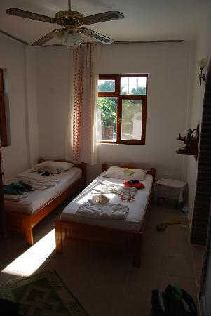 Kristal Motel: Chambre 8: 4 personnes