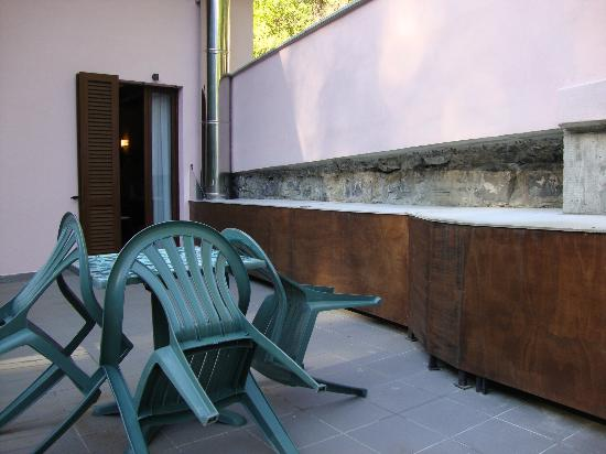Agriturismo Il Mulinum: The noisy vent on our balcony