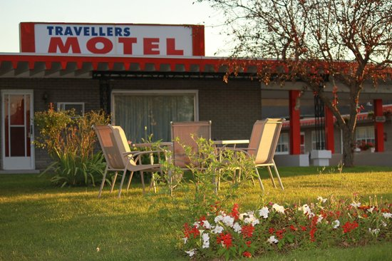 Travellers Motel