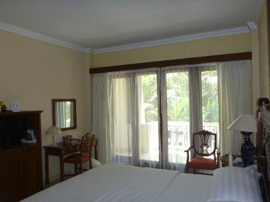 Hotel Kumala Pantai: main bedroom