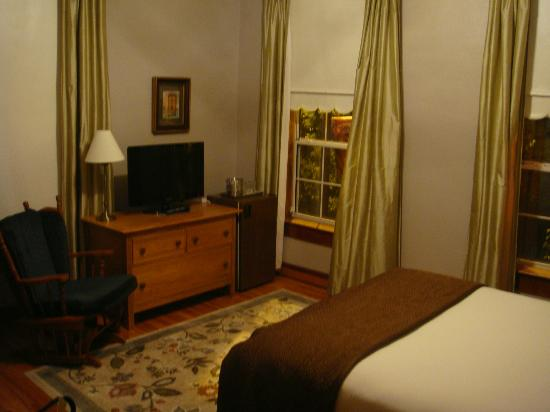 Heritage Inn: Room #3
