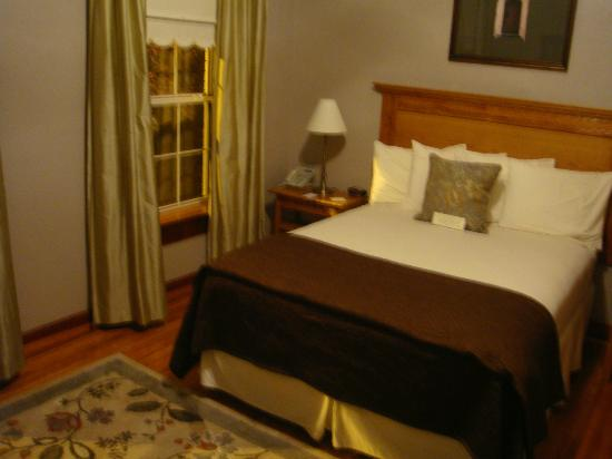 Heritage Inn: Room # 3