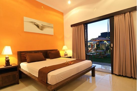 Premier Surf Camp: Deluxe Room, Double Bed and Bathroom ensuit