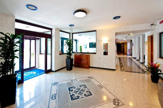 Photo of Eur Suite Hotel Rome