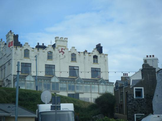 Port Erin, UK: the hotel from the beach