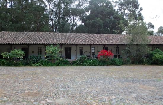 Hacienda Guachala: Courtyard, best location for star gazing.