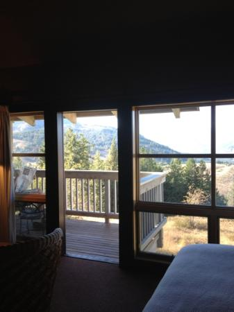 Sun Mountain Lodge: room 219