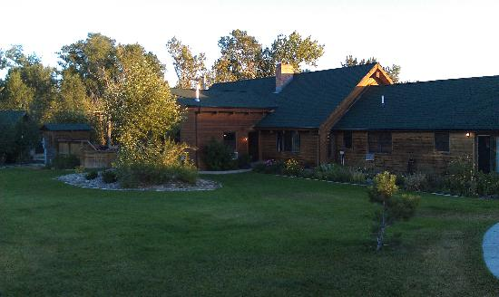 TroutChasers Lodge & Fly Fishing Outfitters: Lodge