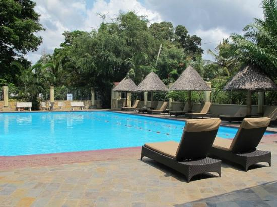 Dar es salaam photos featured images of dar es salaam dar es salaam region tripadvisor for Swimming pools in dar es salaam