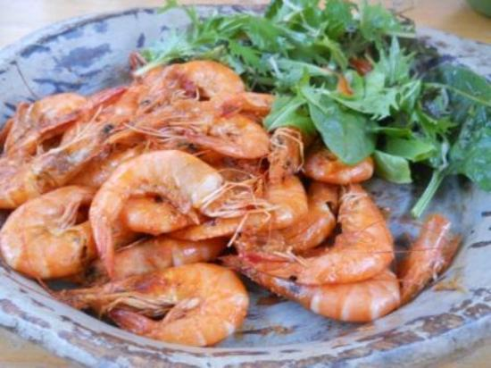 Kingswear, UK: Harissa Prawns