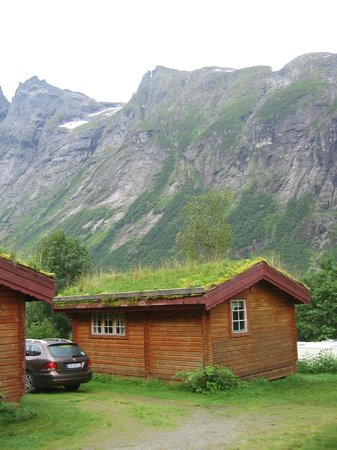 Trollstigen Camping and Guesthouse