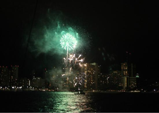 Photos of Friday Night Fireworks at Hilton Hawaiian Village Waikiki Beach Resort, Oahu